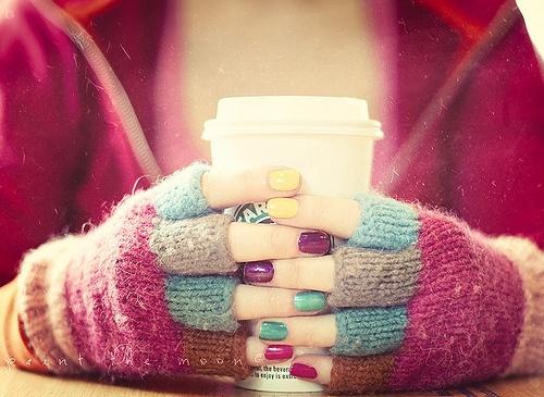 دستکش، رنگی رنگی، love، آرامش، چای،تصاویر عاشقانه، منظره های خاص،